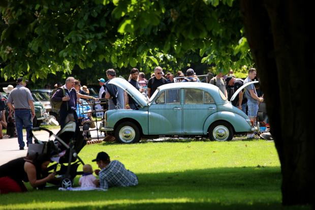 Classic & Sports Car – Beaulieu Spring Autojumble