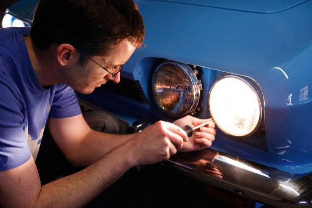 Classic & Sports Car – How to… adjust your classic car's headlights