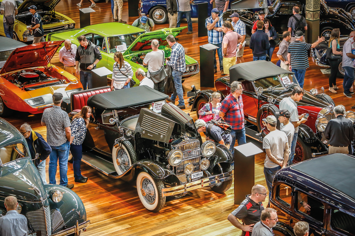 Classic & Sports Car – Motorclassica 2020 in Melbourne