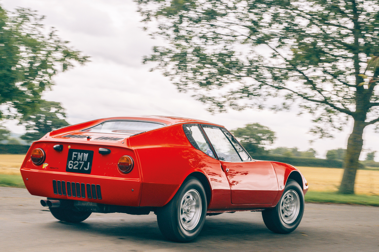Classic & Sports Car – Four fantastic wallpapers from our March 2021 issue