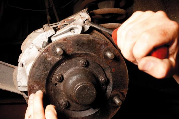 Classic & Sports Car – How to... overhaul the disc brakes on your classic car