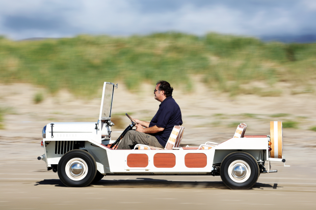Classic & Sports Car – Mini Moke: on board with the star of a cult Brit TV show