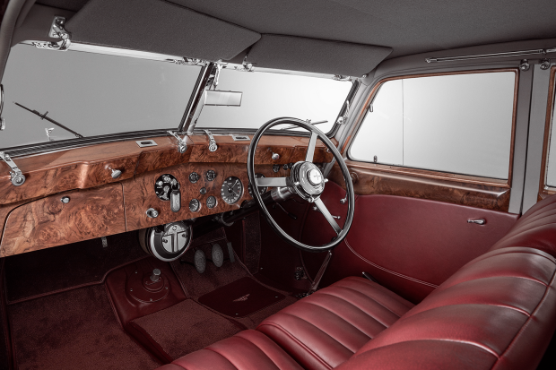 Classic & Sports Car – Reborn Corniche revives unique lost Bentley beauty