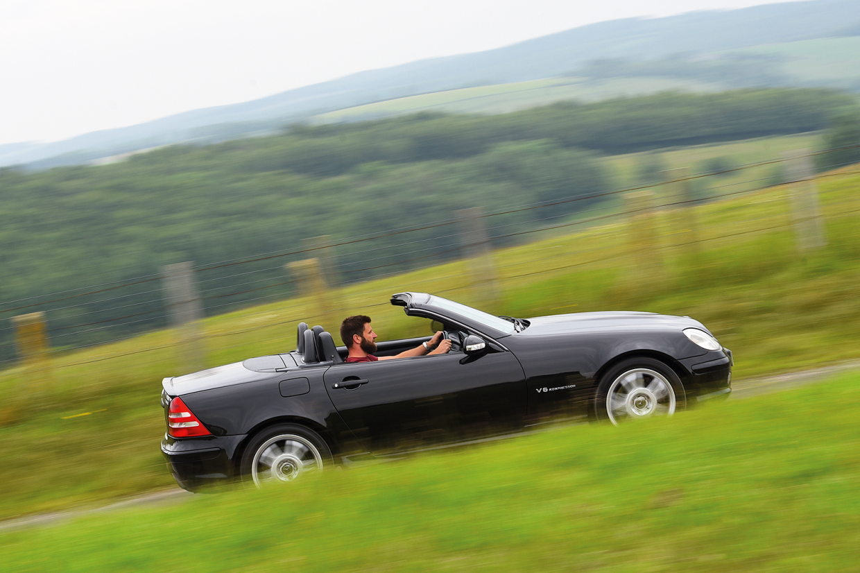 Classic & Sports Car – Natural brawn thrillers: Mercedes-Benz SLK32 AMG vs BMW Z3 M Roadster