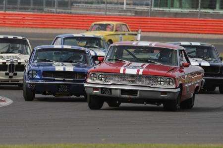Classic & Sports Car – Wheel-to-wheel action for BTCC anniversary