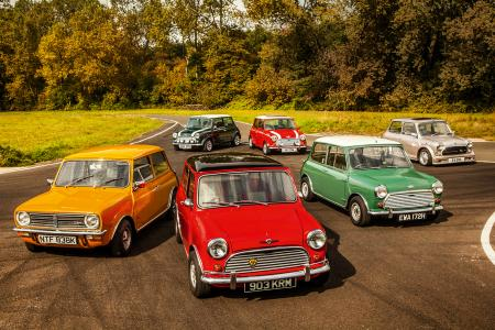 Classic & Sports Car – World record attempt for Mini's 60th birthday