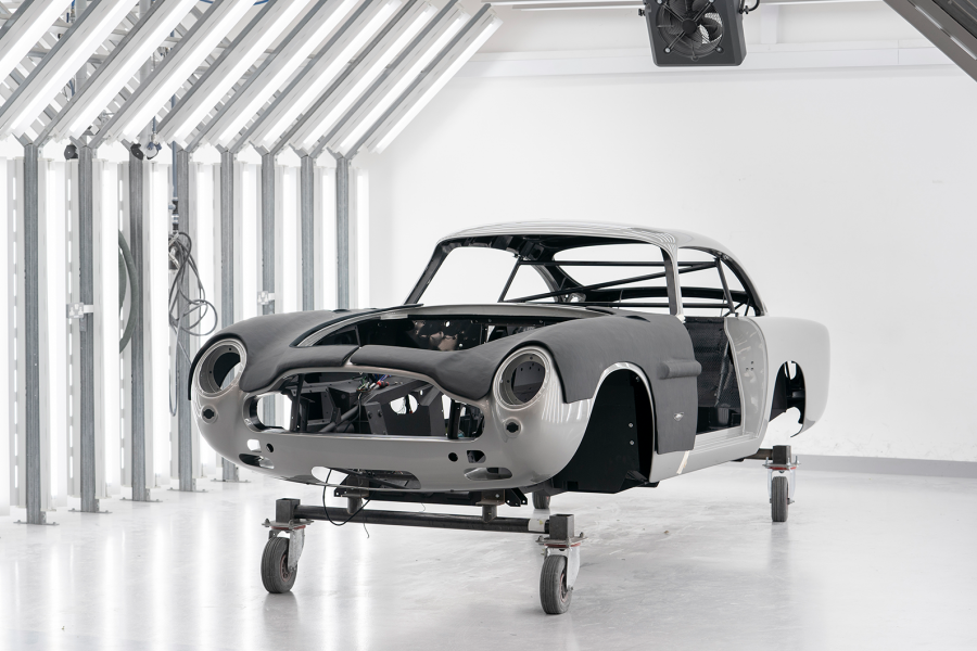 Classic & Sports Car – The Aston Martin DB5 is back