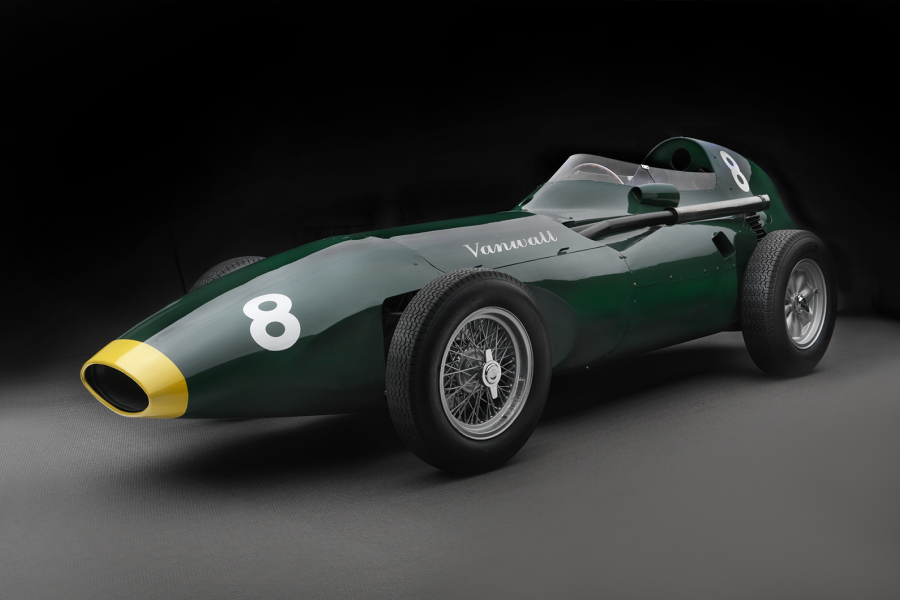 Classic & Sports Car – Vanwall's F1 champion in continuation comeback